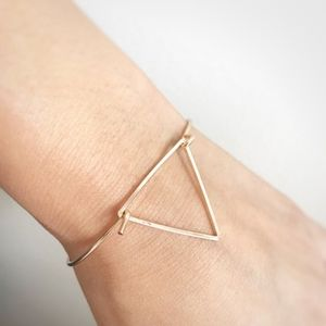 Simple triangle bracelet in gold